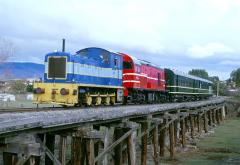 Former EBR No. 22 and its load test train passes through Brighton, on 8 June 2000