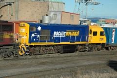 Only recently released to service, MKA2131 pauses during shunting in Hobart yard, July 2007