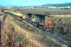 ZA3 and ZA6 lead No. 44 goods, comprising mostly superphosphate loading, north through Rogerville, M
