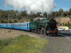Tasmanian Transport Museum's loco M5 heads a Derwent Valley Railway charter train at Granton, Octobe