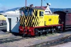 V5 waits for its next shunting move in Hobart yard, September 1982